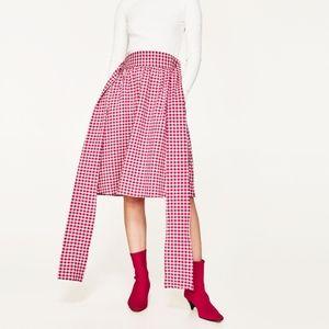 ✨ 2 for $25 Zara Gingham Skirt